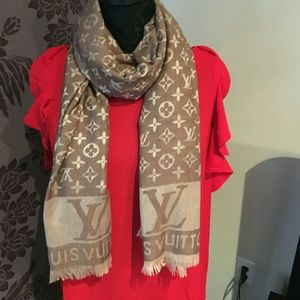 5849f6246ed Real Louis Vuitton monogram 60%wool 40% acrylic